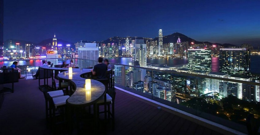 Top-15 Hong Kong rooftop bars - Tapagria